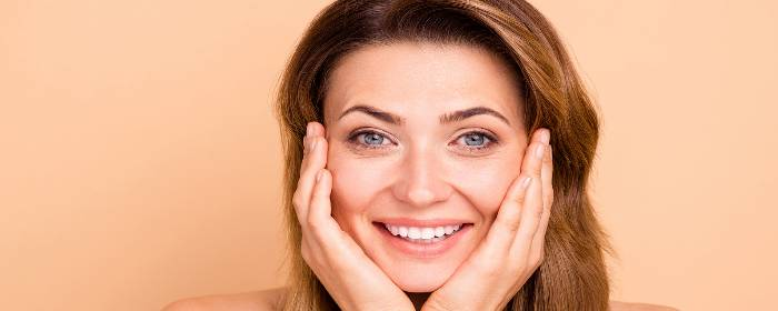 Stem Cell Facial Therapy Rejuvenation with Derived Cream